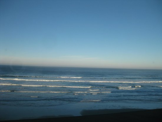Shilo Inn Suites Hotel - Newport:                   This is the view from our room #267
