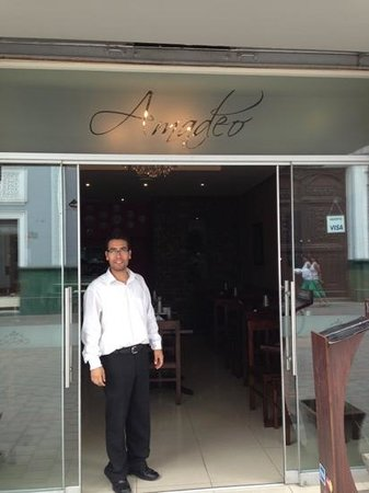 Amadeo Cafe Restaurante