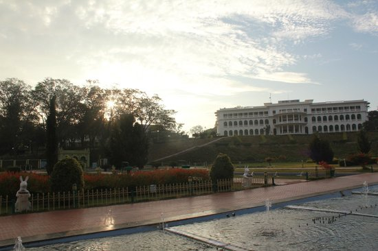 Royal Orchid Brindavan Gardens:                   Hotel view from the gardens in the morning