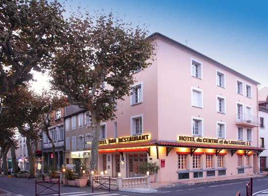 Hotel du Centre et du Lauragais: Vue extérieure