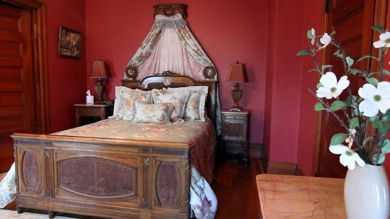 1897 Beekman House: French Room