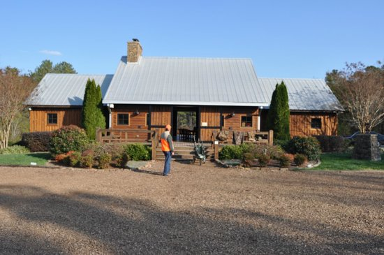 The Fork Farm & Stables:                   the Lodge