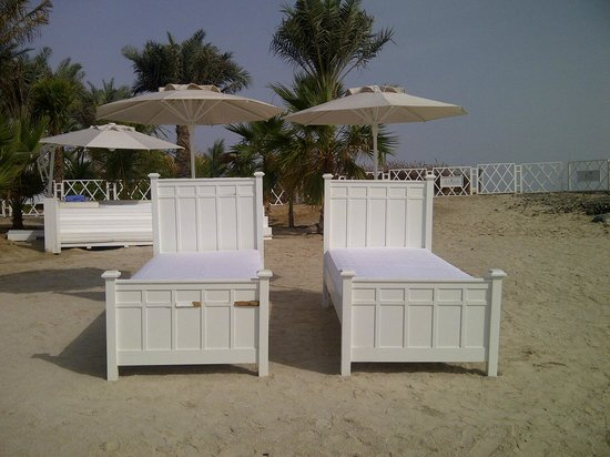 Rixos The Palm Dubai: bed on the beach, cute right?