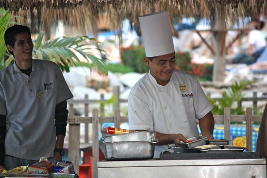 Friendly Vallarta All Inclusive Family Resort :                   Morning breakfast buffet on the beach (often 3 places to choose from to eat mo