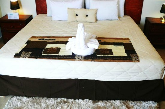 Hotel Playa del Karma: Bed Mmmmmm :)