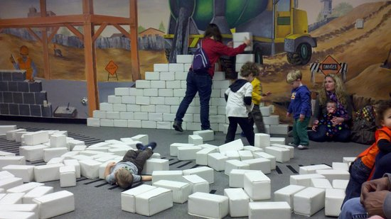 Imagine Children's Museum: children can build (and break down) structures after lunch