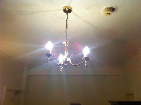 BEST WESTERN Crown Hotel: Bedroom light fitting