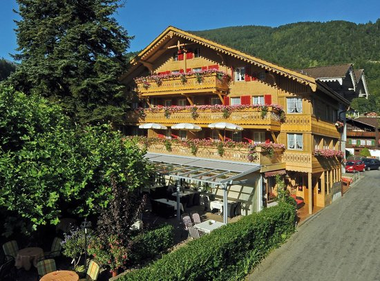 Hotel-Restaurant Alpenblick : Hotel Alpenblick in the Summer