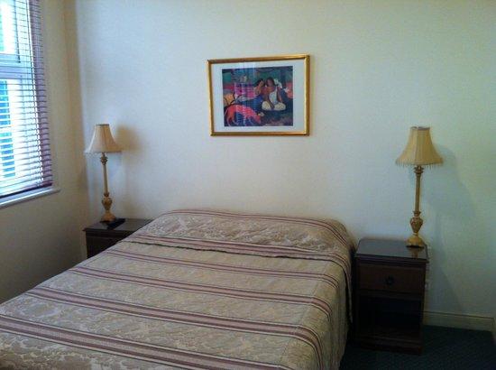 ULTIQA Rothbury Hotel: Bedroom