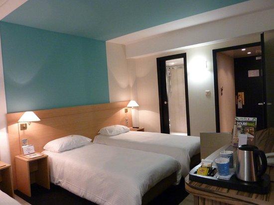 Kyriad montbeliard sochaux hotel montb liard france for Prix chambre kyriad