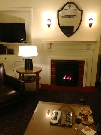 Inn at the Presidio:                   King Room