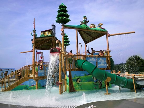 Yogi Bear's Jellystone Park Camp-Resort: Water Playground