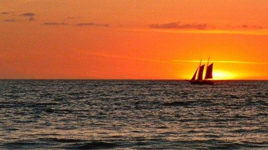 Hotel Cantarana : Beautiful Sunset at Playa Grande