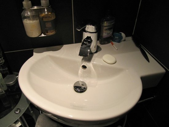 The Knoll:                   sink