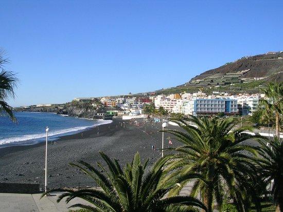 Sol La Palma Apartments by Melia: Puerto Naos from hotel balcony