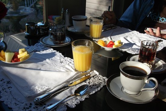Inn on the Creek:                   Delicious breakfast, well served