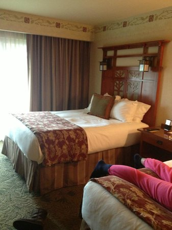 Disney's Grand Californian Hotel & Spa: Great bed