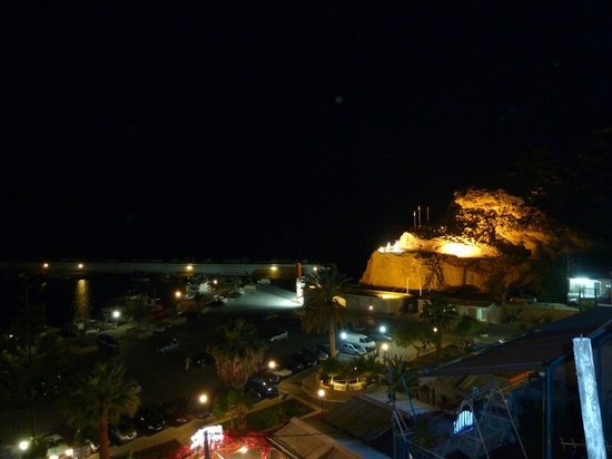 "Hotel Akteon : Agia Galinis hamn ""By night"""