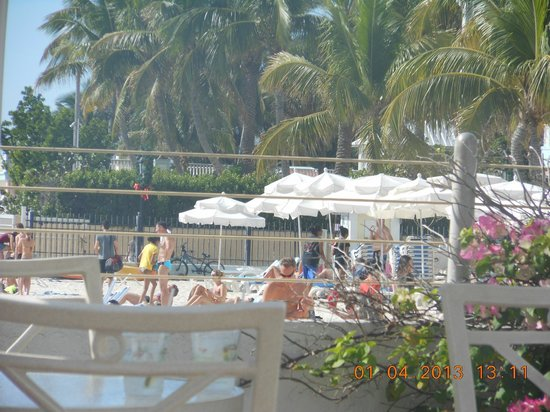 public beach picture of southernmost beach resort key. Black Bedroom Furniture Sets. Home Design Ideas