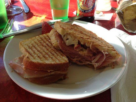 Happy Gillis Cafe & Hangout:                   The Blvd Pimento Cheese sandwich