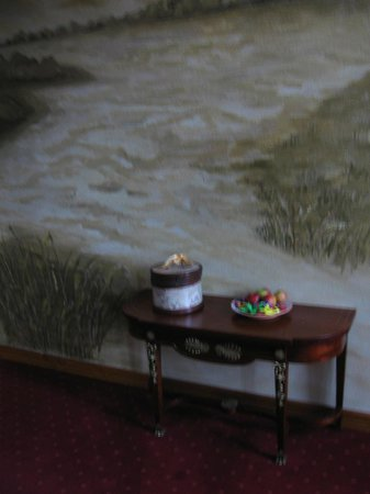 Hotel Vilhelmine: Sweets in the hall