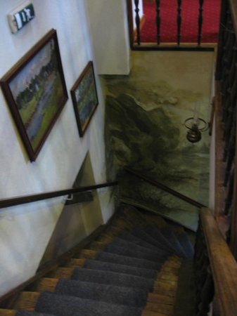 Hotel Vilhelmine: The stairs between the 1st and 2nd floor