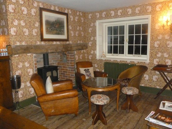 The Stag & Huntsman at Hambleden: One of the public rooms