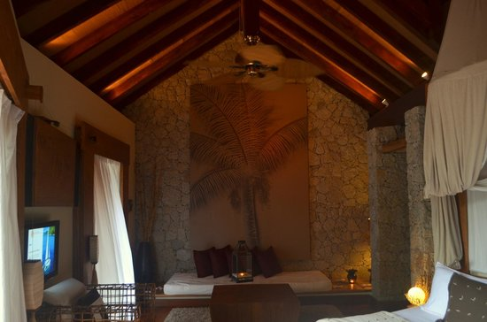 Le Domaine de L'Orangeraie Resort and Spa: charme villa room