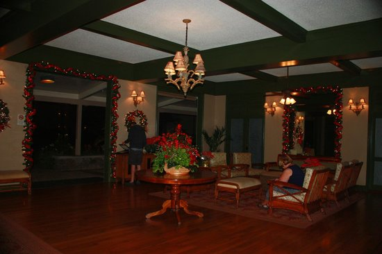 Aston Islander on the Beach: Hotel lobby decorated for Christmas (2012).