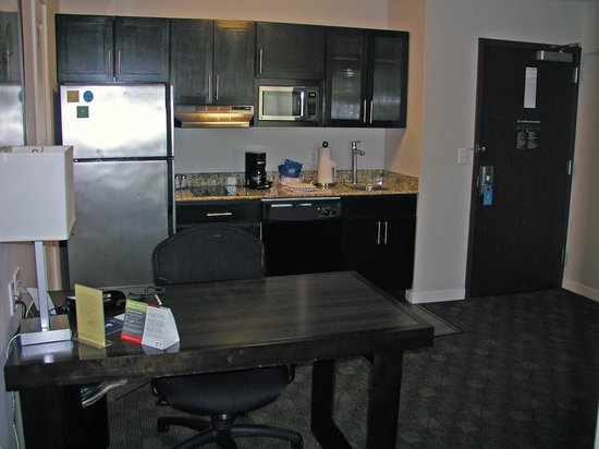HYATT house Raleigh Durham Airport: kitchen/desk eating area next to entry