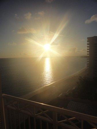 Atlantis, Beach Tower, Autograph Collection:                   Sunrise