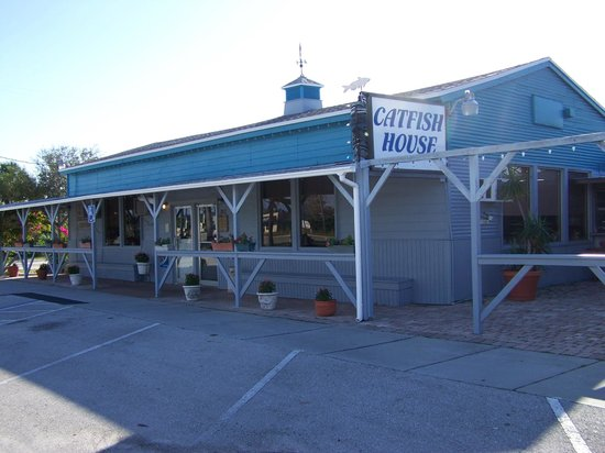 The Catfish House: Front