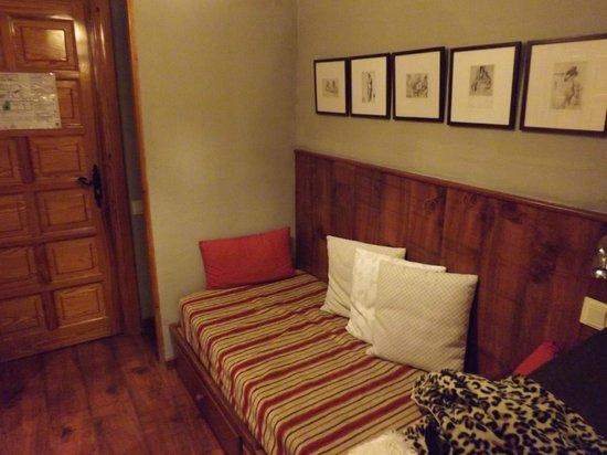 HG Maribel:                   Spare bed