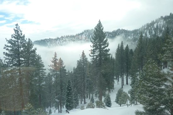 The Ridge Tahoe: snow falling- view from our room
