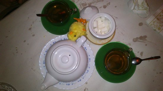Le SAIGON: Un Thé au Jasmin EXCELLENT ! la table est toujours salle !