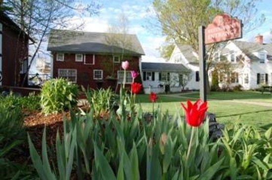 1824 House Inn: Spring has sprung at the 1824 House