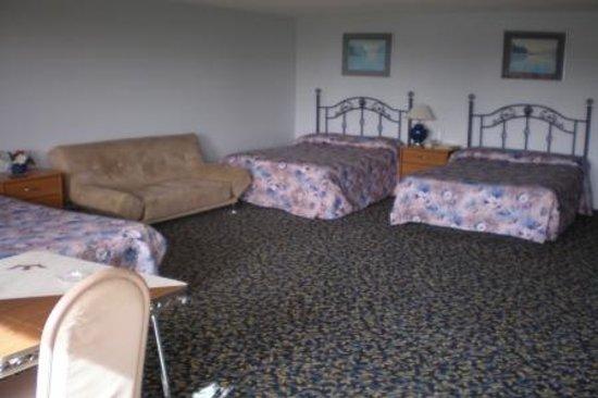 Willies Inn Motel: family room#26