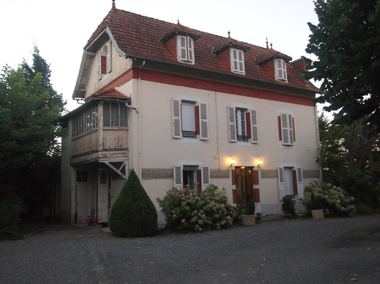 Les Sapins Hotel:                   Les Sapins Ousse / Pau