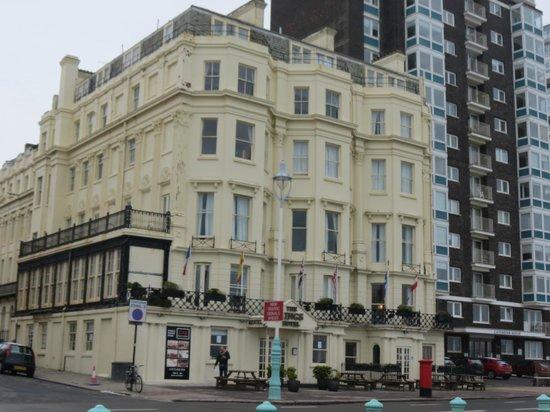 Kings Hotel:                   hotel