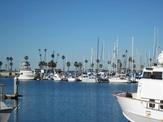 Holiday Inn Oceanside Camp Pendleton Area: Marina area includes restaurants and shops