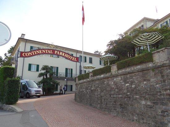 Hotel Montarina & Backpackers Hostel :                   Hotel entrance