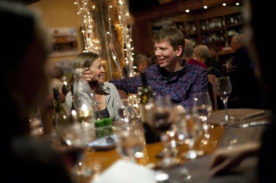 Lynn Britt Cabin: Cozy nighttime snowcat dinner at Lynn Britt