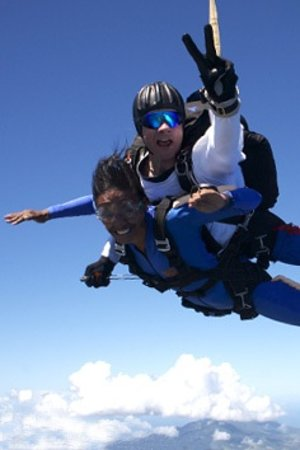 Skydive St Kitts: FREEFALL