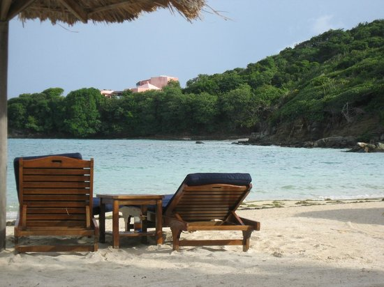 Canouan Resort at Carenage Bay - The Grenadines:                   Perfect beach setting