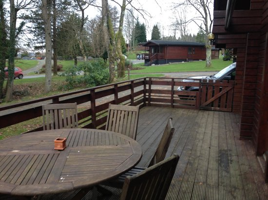 Conifers Leisure Park:                   Decking
