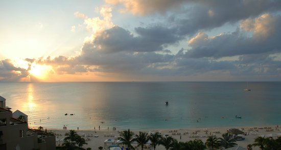 The Ritz-Carlton Grand Cayman: Sunset, Ritz Carlton Grand Cayman
