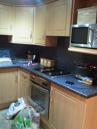 Conifers Leisure Park: Kitchen