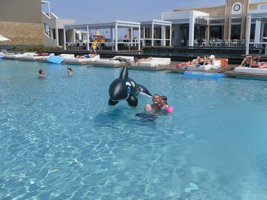 Pelagos Suites Hotel:                   me and my youngest