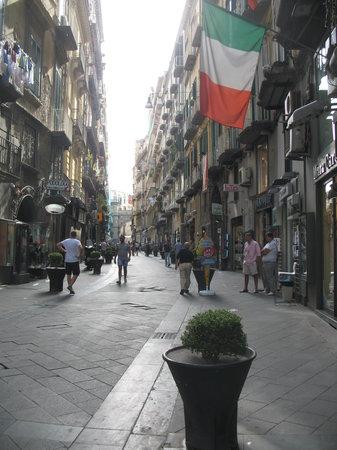 Touring Amalfi Coast Day Tours: Naples