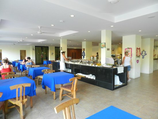 Srisuksant Resort: Sala interna e isole buffet